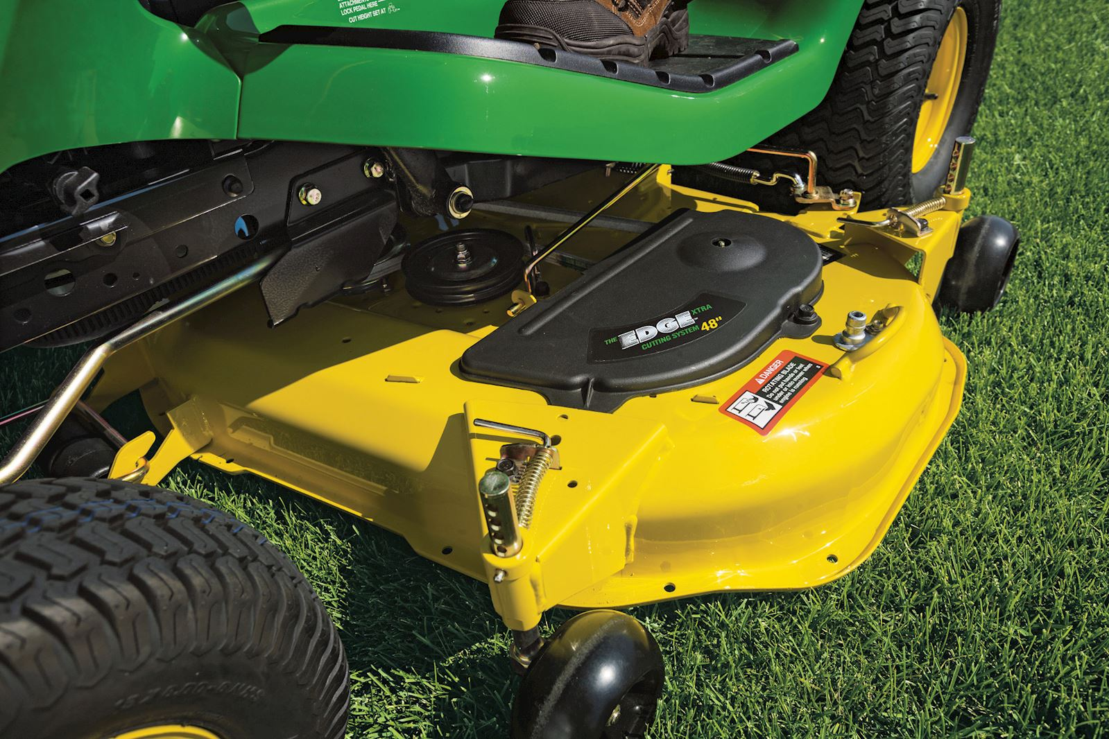 How To Level A Mower Deck | John Deere Select Series Mowers